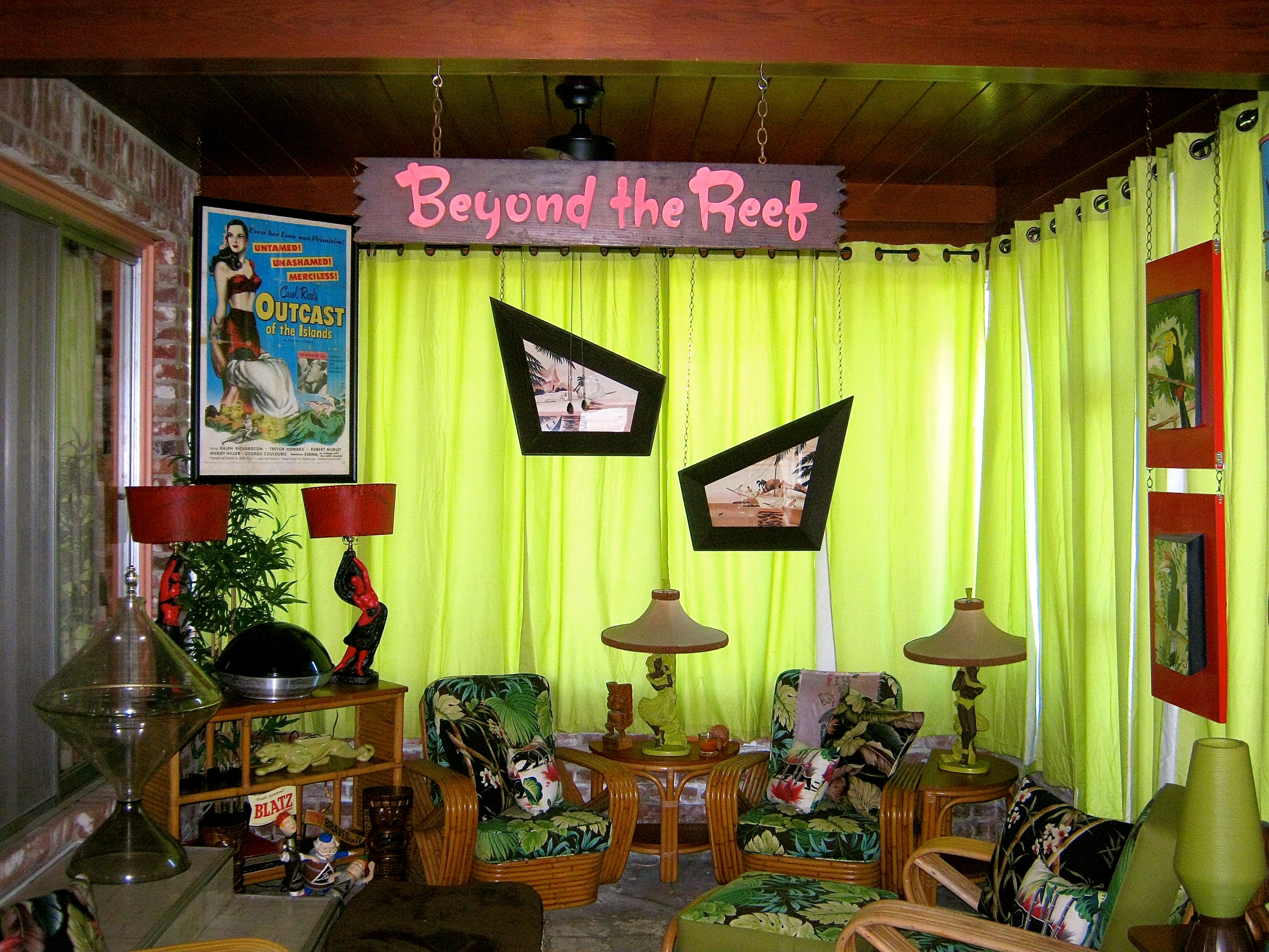 Tiki Room Tour  Hepcats Haven