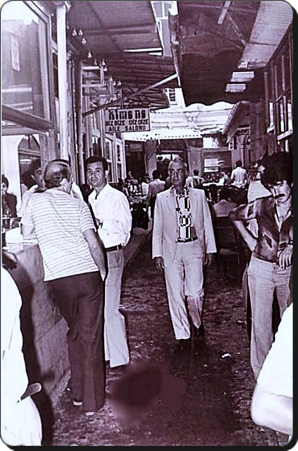 Eski Istanbul - Beyoglu Cicek Pasajı 1970 ler