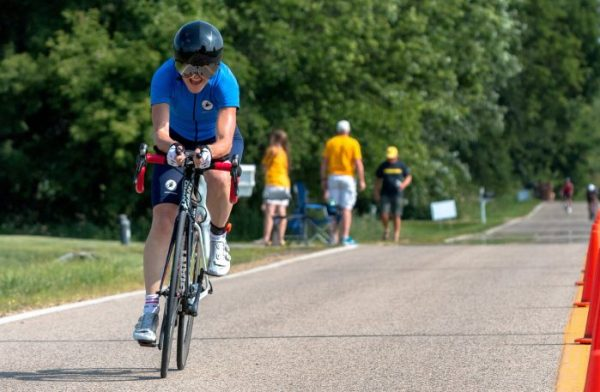 barb-cycling-1edit_custom-9e31f448672d54072e6acbdce8ecdb28bae19230-s1500-c85.jpg