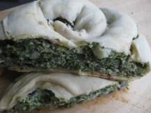 Hortopita me Spanaki (Greek Spinach Pie) from www.toarkoudi.gr