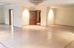 Spacious 4 Bedroom villa for rent in Janabiya