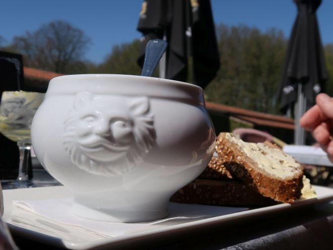 Menkemaborg Wasserburg Senfsuppe