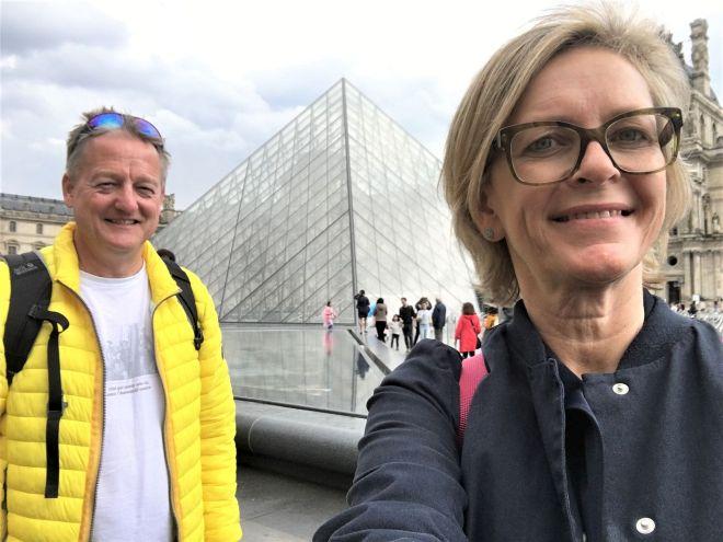 Louvre Glaskuppel Paris
