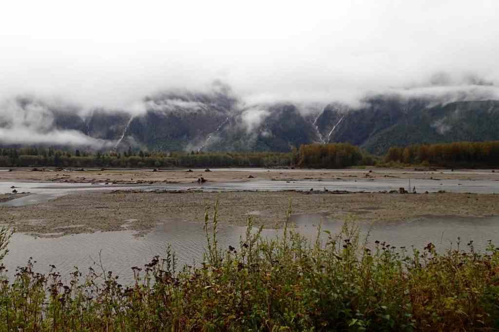 Dag 2 met iets meer uitzicht op de overzijde van de rivier