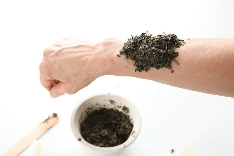 From the Herbal Academy blog -How To Make A Poultice