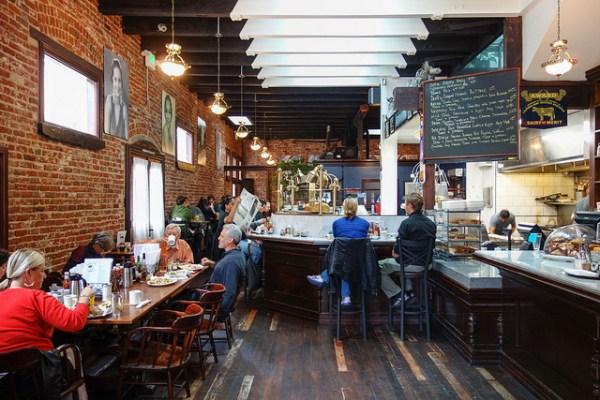 San Francisco Brunch, Dottie's True Blue Cafe