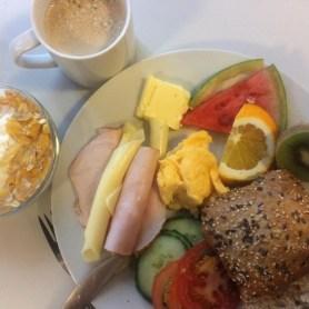 Wochenendfrühstük in der Jugendherberge Emden