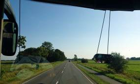 Im Bus übers Land