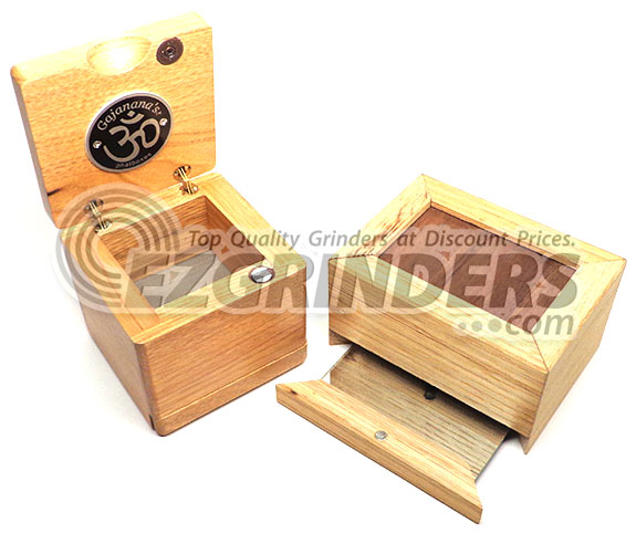 Wood sifting boxes to this day are one of the best herbal storage options