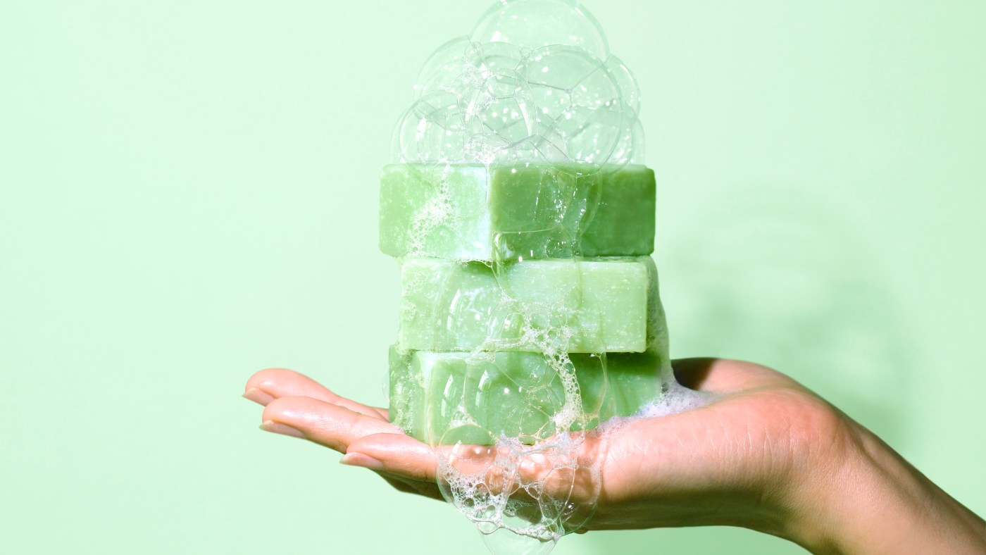 Three Ways to Use Emerald CBD Soap to Help Dry or Irritated Skin