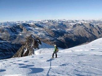 Abstieg in den...ja wie sagt man da jetzt? Schneeabstinenter Frühwinter? Elongierte spätherbstliche Trockenphase? Skischonende Geduldsperiode?