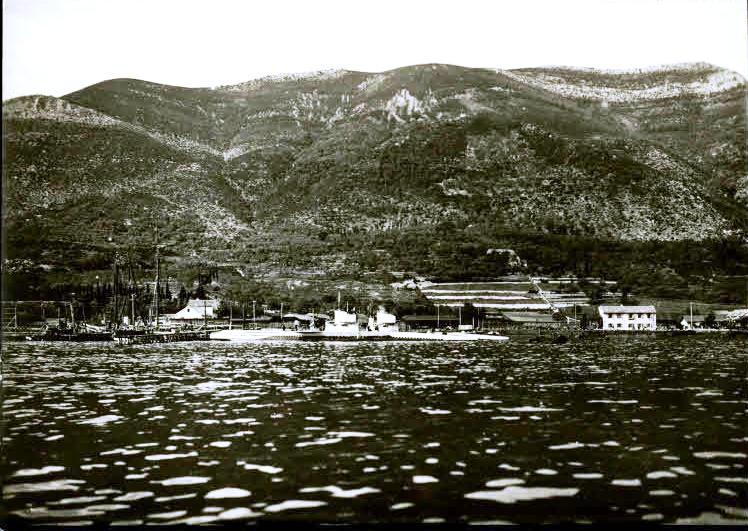 ?sterreichische Unterseeboote in Gjenovic