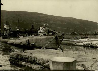 Gjenovic, Deutsche Unterseeboote im Hafen