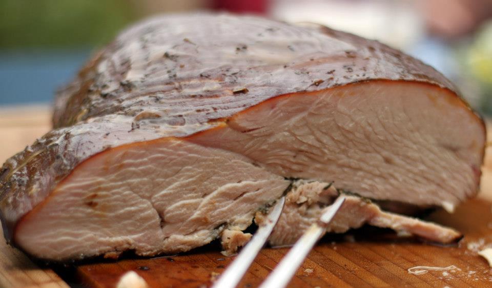 Smoked Turkey - heiß geräucherte Putenbrust