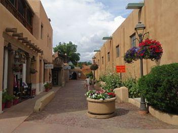 Taos_Plaza_13