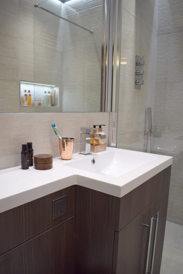 a small ensuite makeover