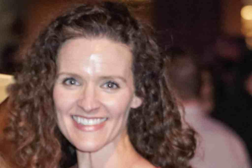 Headshot of Heather Blackmore with smile