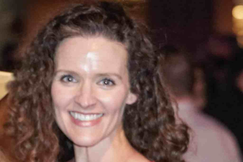 Headshot of Heather Blackmore with smile