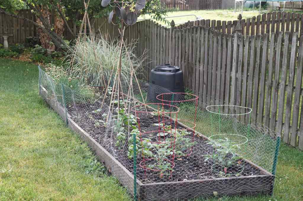 Vegetable Garden with Composting Bin