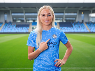 Alex-greenwood-signs-for-manchester-city