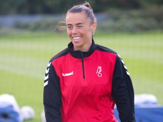 Laura-rafferty-signs-for-bristol-city