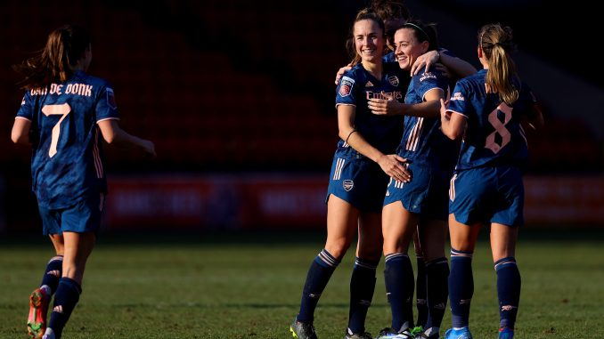 arsenal-women-celebrate-aston-villa