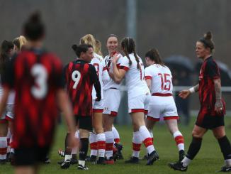 Southampton FC's Rachel Panting celebrates with teammates.