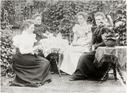 Hooper family taking tea in their Petone garden, c1890s (http://bit.ly/2yUcCOy)