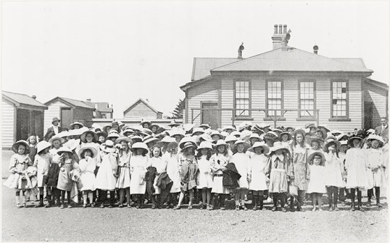 The school girls of Petone Central School lined up for a picnic. c190? (http://bit.ly/2CD36lf)