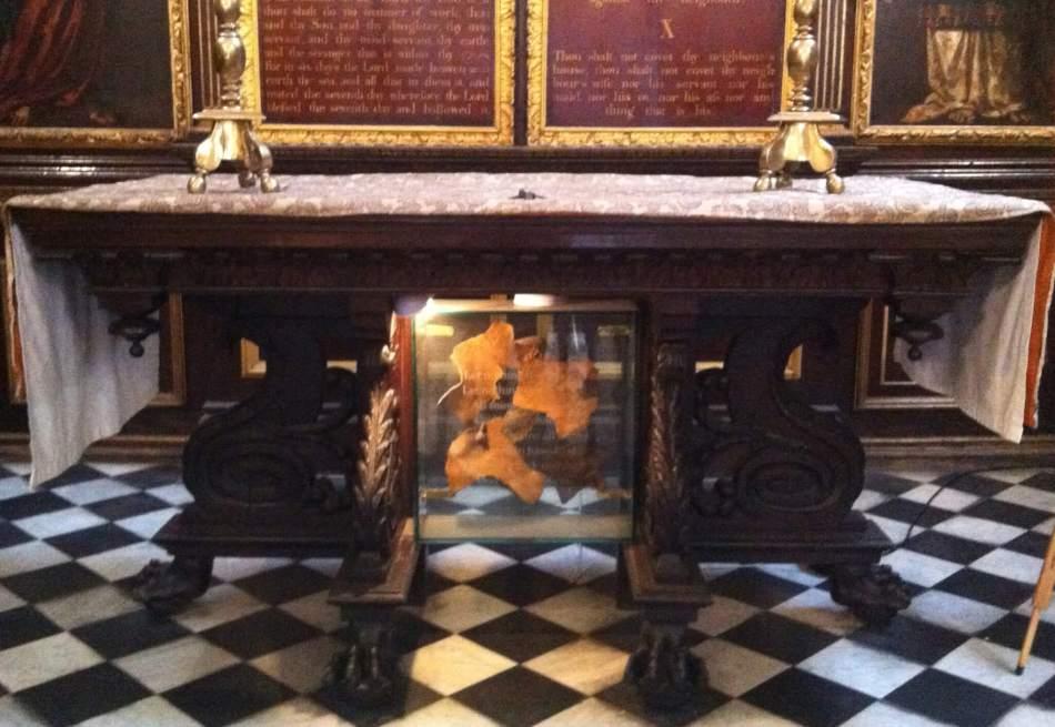 st edmund the king & martyr church crop altar NH
