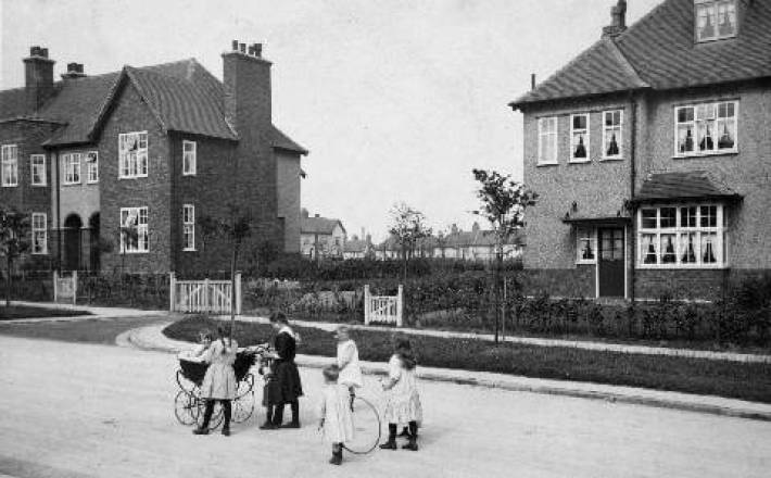 Southway_formerly_North_Way_pre-1914_w55a0009