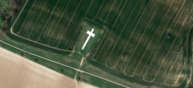 Lenham Cross War Memorial, Lenham, Kent c Google Imagery c2017, DigitalGlobe,Getmapping plc, Infoterra Ltd & Bluesky