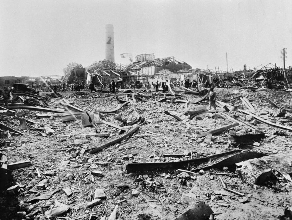Rubbe and remains of a destroyed factory building after the blast