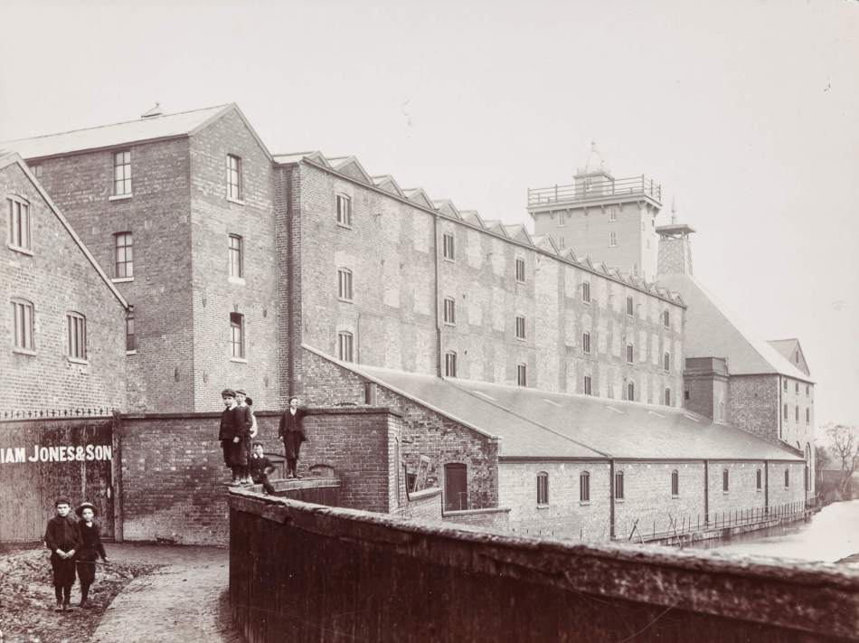 Shrewsbury Flaxmill Maltings, late 19th century.