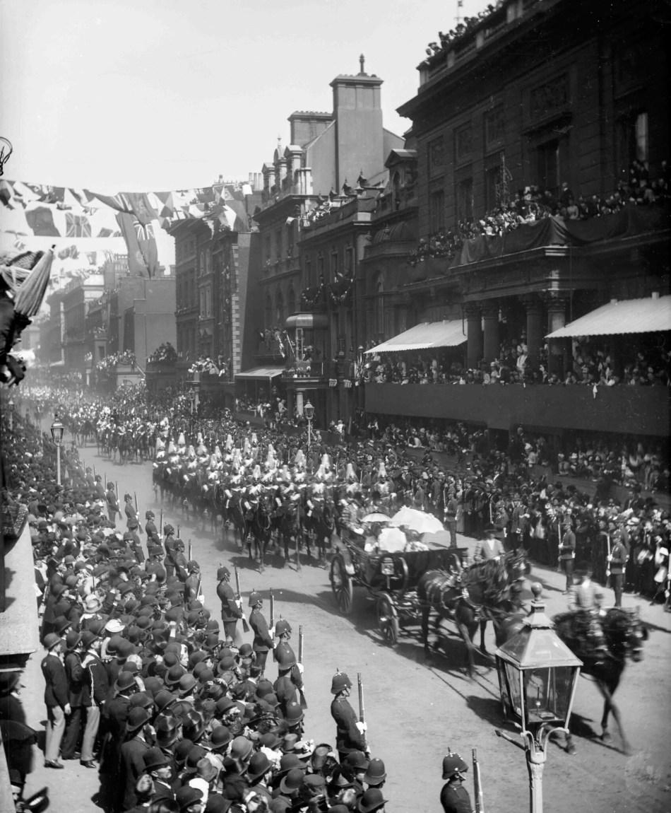 CC97_00919 1887 procession