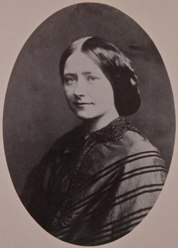 Ellen Ternan in 1858