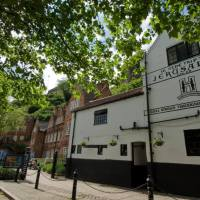 11 Listed Pubs with Fascinating Histories