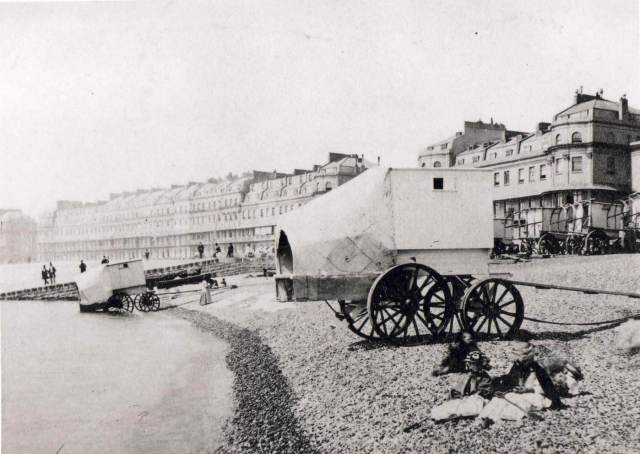 The beach at Dover in the late 19th century © Historic England Archive BB88/03995