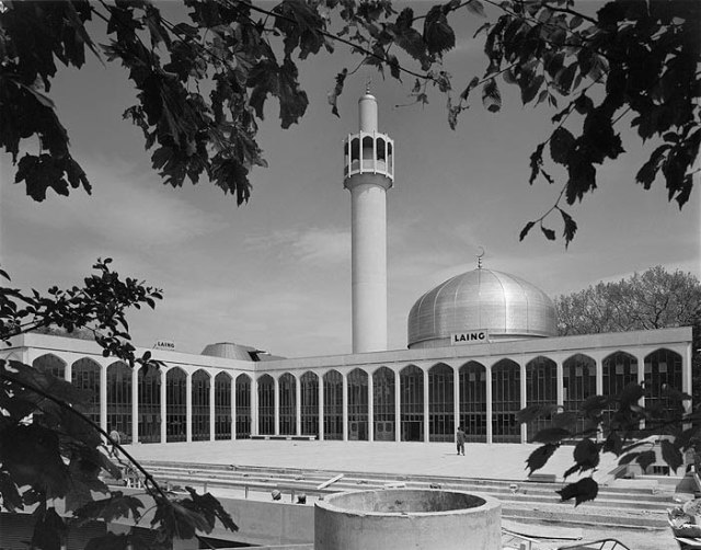 The newly completed London Central Mosque