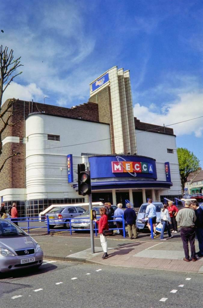 Mecca Bingo Club, King's Road, Kingstanding, Birmingham © Historic England Archive NWC01/01/0371