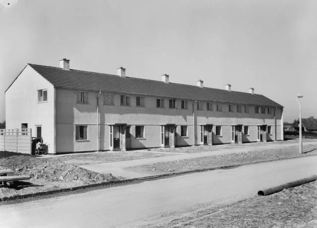 Penhill Drive on the Penhill Estate in Swindon, 1953