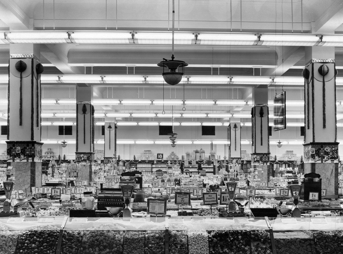 8 Classic Features To Help You Recognise an Old Woolworth