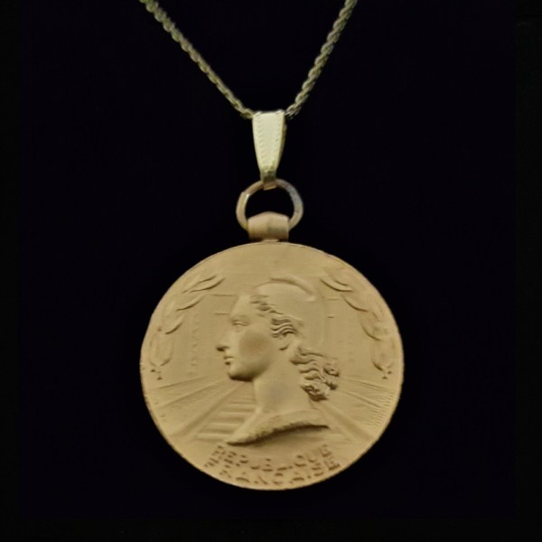 French 1955 Gold Plated Copper Medal French Woman Marianne by Guiraud .70 oz.1.26 ix x32.00 x 4.20 mm 16.5 in Square Box Gold Plated Chain 15.56 OB V2