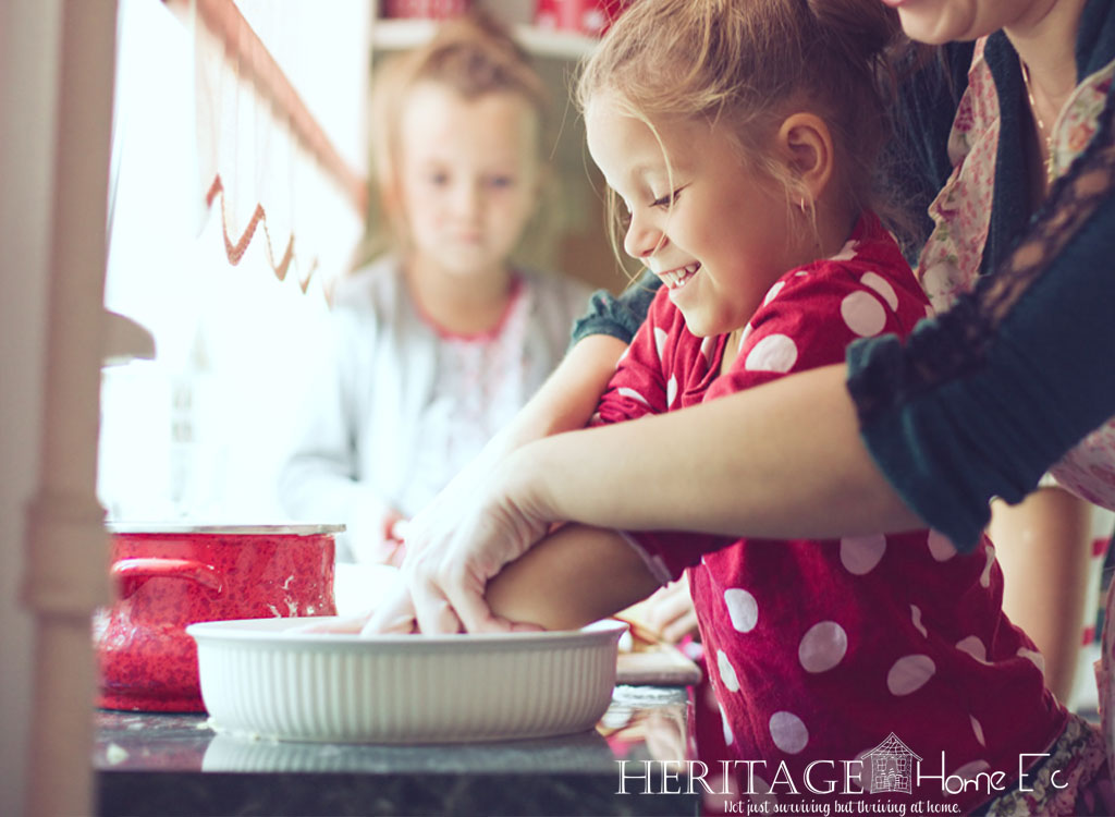 41 Kitchen Tips and Tricks- Heritage Home Ec I can never get enough kitchen tricks and hacks. Finding the easy button is such a win! Here are 41 Kitchen tips & tricks to get you started. | Home Economics | Homemaking | Kitchen | Kitchen Hacks |