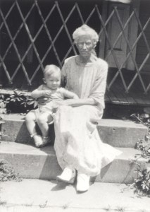 Hannah Melissa Benjamin with her great-grandson, Edward A. McMurray, Jr., about 1926.