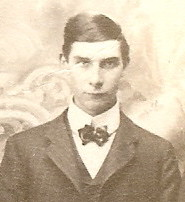 1904 Underwood Family Portrait-Zach Leander Underwood-cropped.