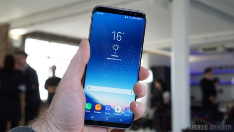 Samsung Galaxy S8 in consumers' hands