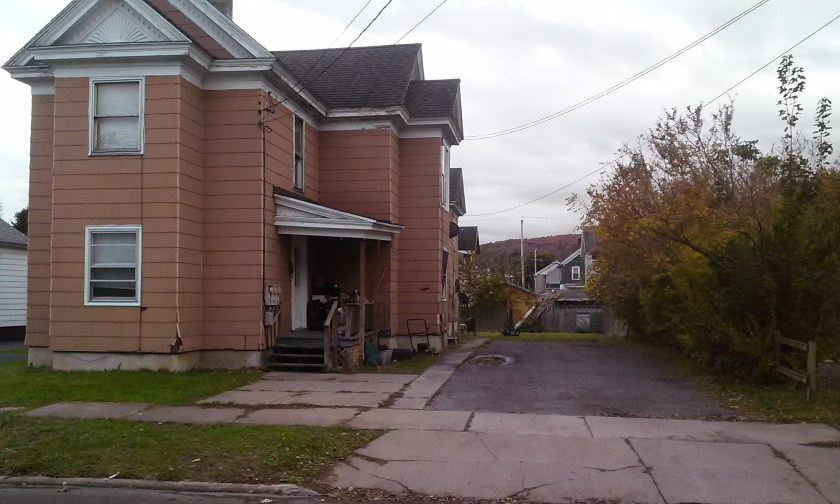 Fomer Herkimer crack house at 318 Pleasant Avenue. It has a crack house keeper