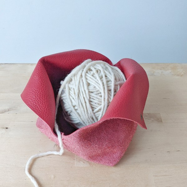 Leather Yarn Bowl Open Red