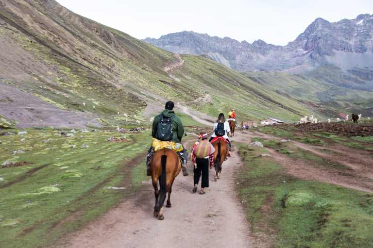 Horseback Riding Rainbow Mountain Peru Trek